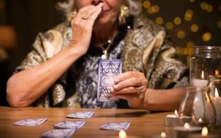 Значение и расшифровка гадания 6 карт на любимого