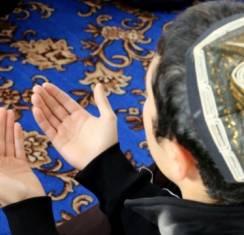 Какие мусульманские молитвы можно читать на татарском языке