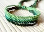 Какой силой обладает зеленая нить, завязанная на запястье
