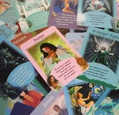 Как проводить гадание на картах Таро Совет Ангела Хранителя