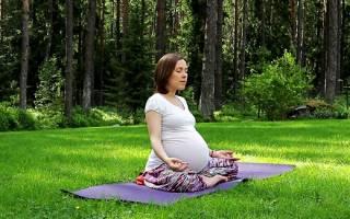 Как позитивно настроиться будущей маме: мантры для облегчения беременности