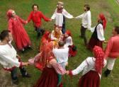 Красная горка: виды заговоров, которые проводятся на праздник