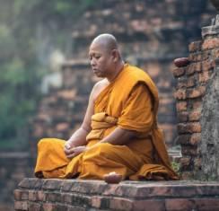Мантры тибетских монахов: сила текстов и правила чтения