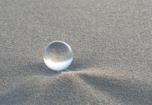 шарик на песке