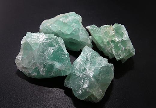 зеленые флюориты