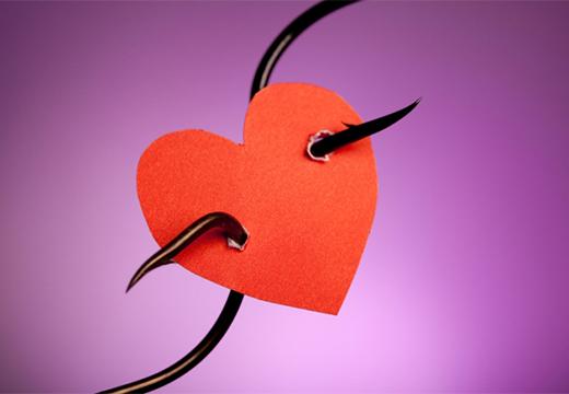 бумажное сердце с крючками