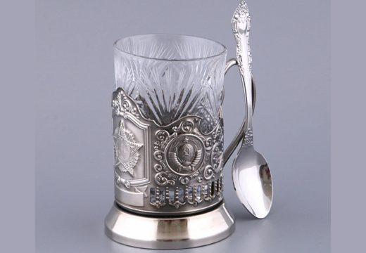 ложка и стакан