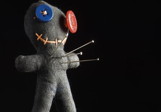 Ритуал с куклой вуду