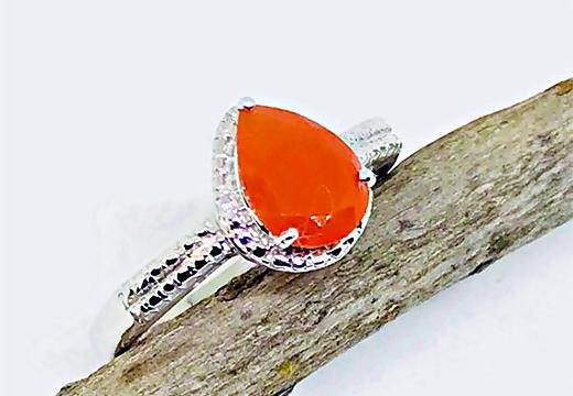 кольцо на веточке