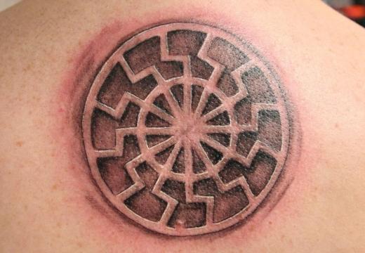 татуировка черное солнце