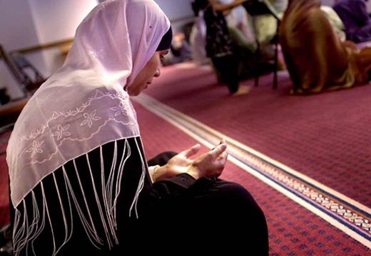 мусульманская женщина дуа