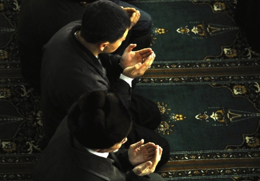 мусульмане читают дуа