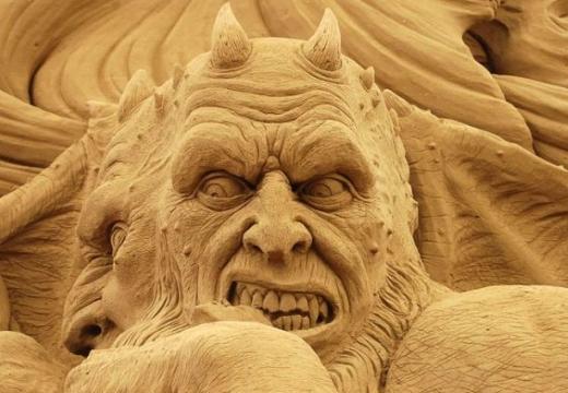 дьявол скульптура