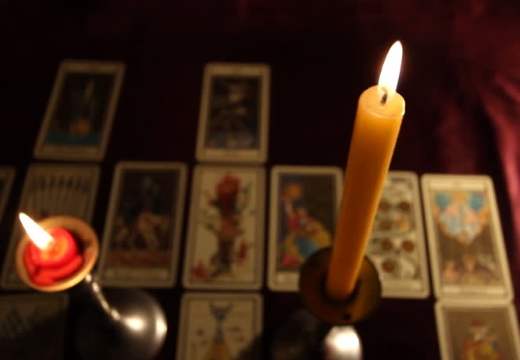 свечи и таро