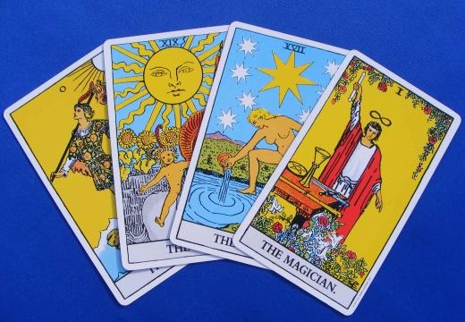 четыре карты таро