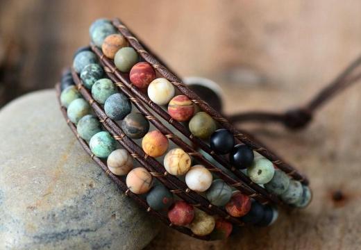 браслет из цветной яшмы