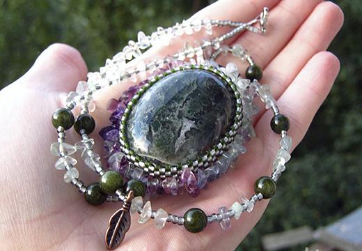 Необычный камень