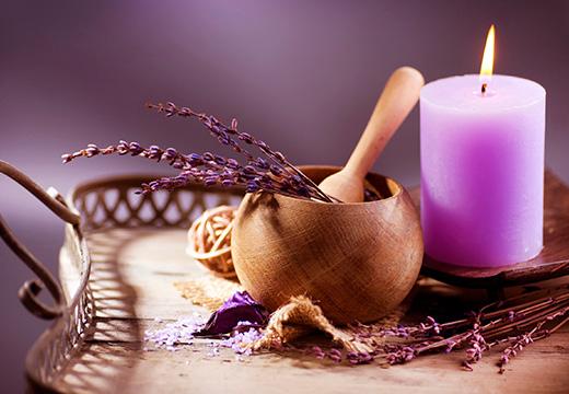 свеча и лаванда