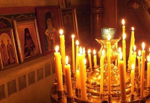 свечи у икон