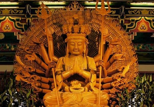 Авалокитешвара статуя