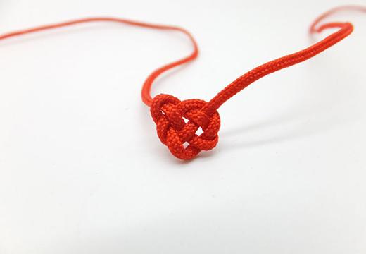 Красная нить 40 узелков