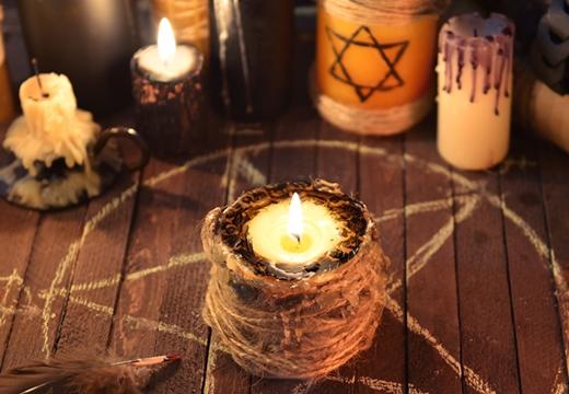 пентаграмма со свечой
