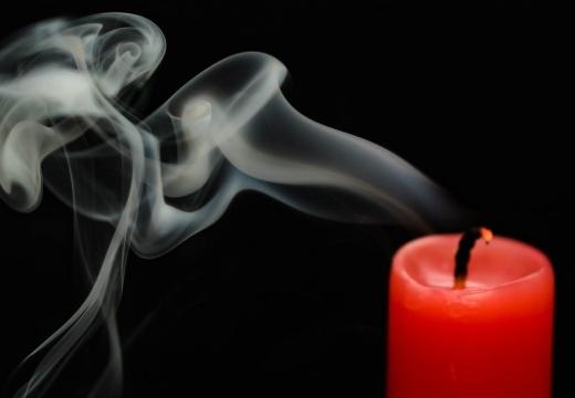 свеча потухла