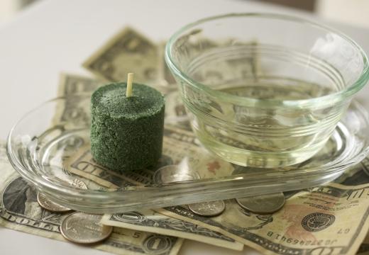 доллары зеленая свеча