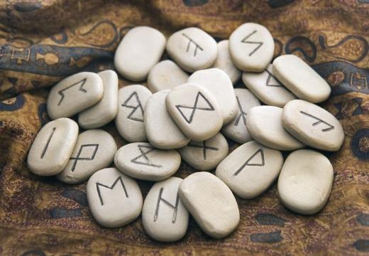 каменные руны