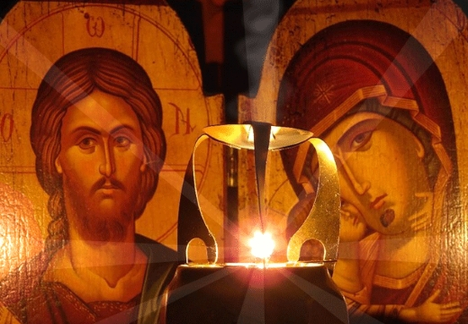свеча у икон