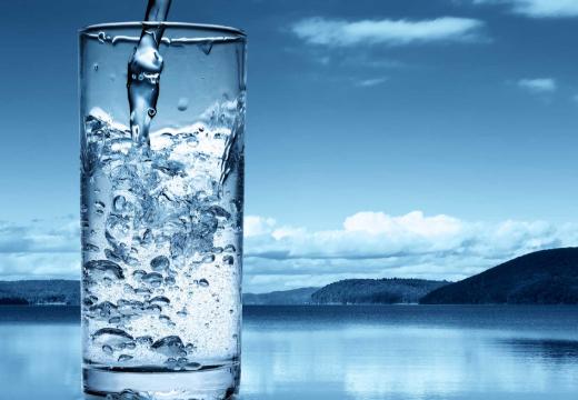 Стакан родниковой воды