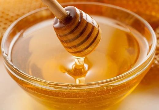 мед в мисочке