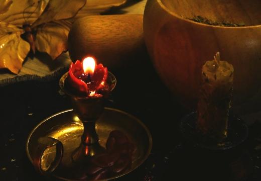 свеча котелок