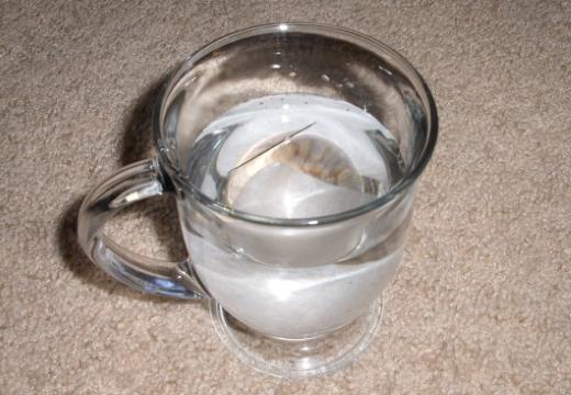 иголка в воде